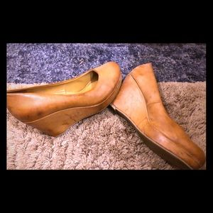 A.N.A A New Approach leather wedges